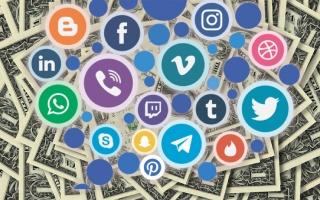 Сколько зарабатывают соцсети